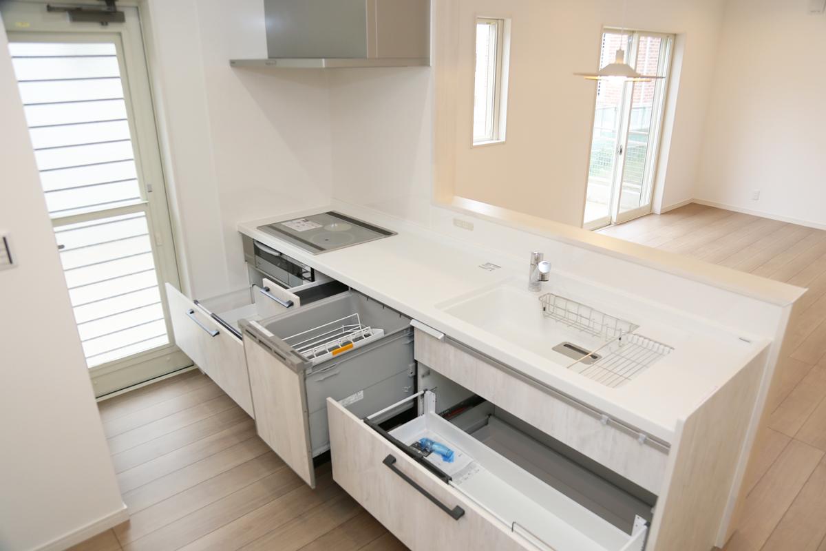 充実設備のキッチン