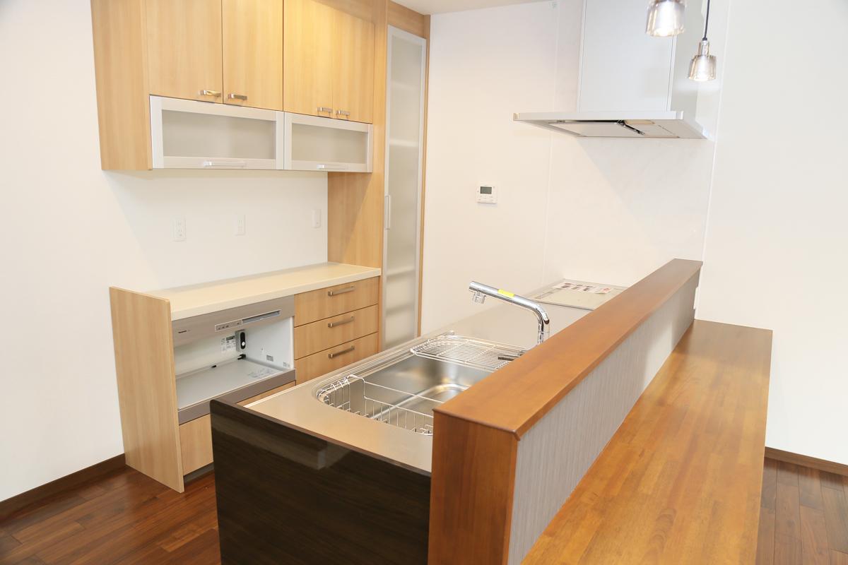 大容量収納のキッチン