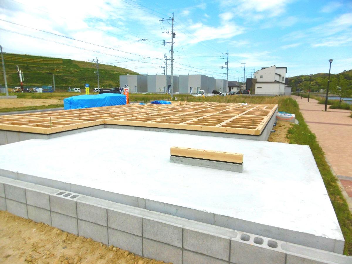 新築工事土台④